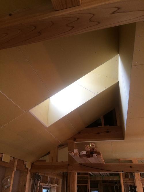 天井・壁の下地が貼られていました!_a0148909_1691458.jpg