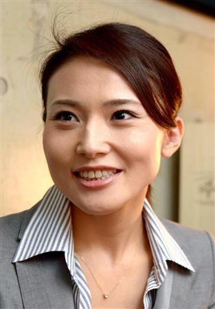 NAVER まとめ金子恵美と宮崎謙介が結婚発表 綺麗すぎる議員 二人の画像 まとめ