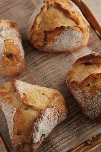 パン教室で「カシューナッツと3種のペッパー」と「フリカッセ」!_a0165538_09585892.jpg