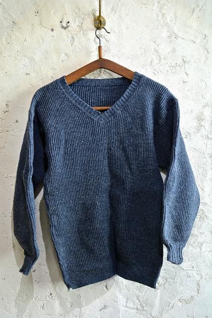 Swedish army 40\'s v-neck knit_f0226051_13134476.jpg