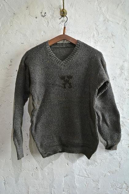 Swedish army 40\'s v-neck knit_f0226051_13145414.jpg