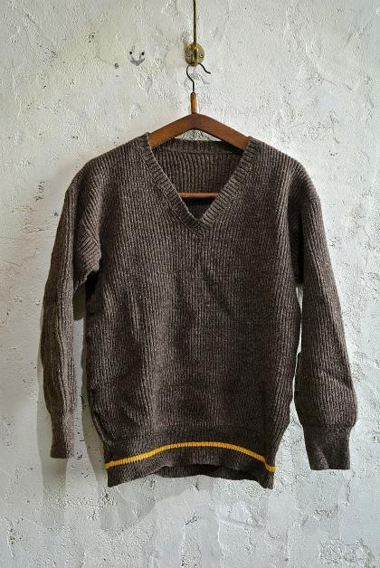 Swedish army 40\'s v-neck knit_f0226051_1314771.jpg