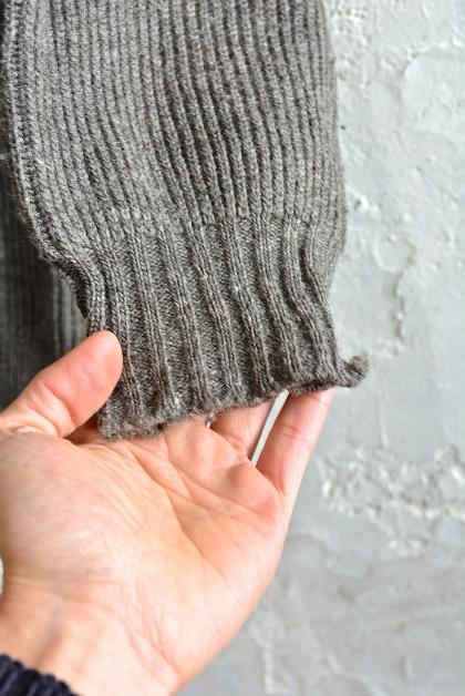 Swedish army 40\'s v-neck knit_f0226051_1394694.jpg