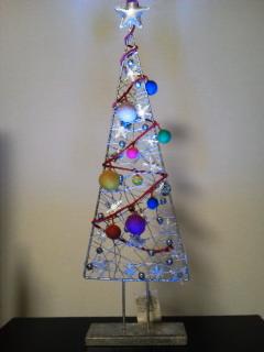 シルバーアイアンのクリスマスツリー_f0255704_19393336.jpg