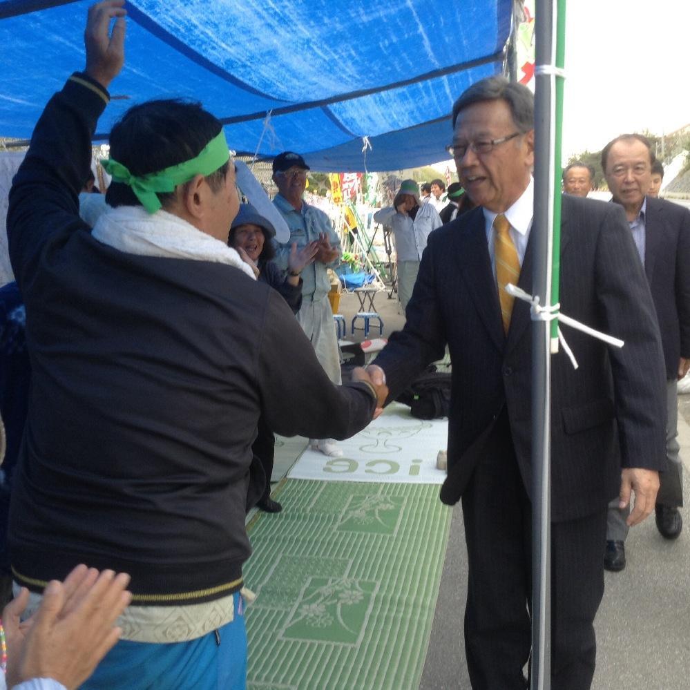 沖縄県警、新聞記者と映画監督を排除_f0212121_9293879.jpg