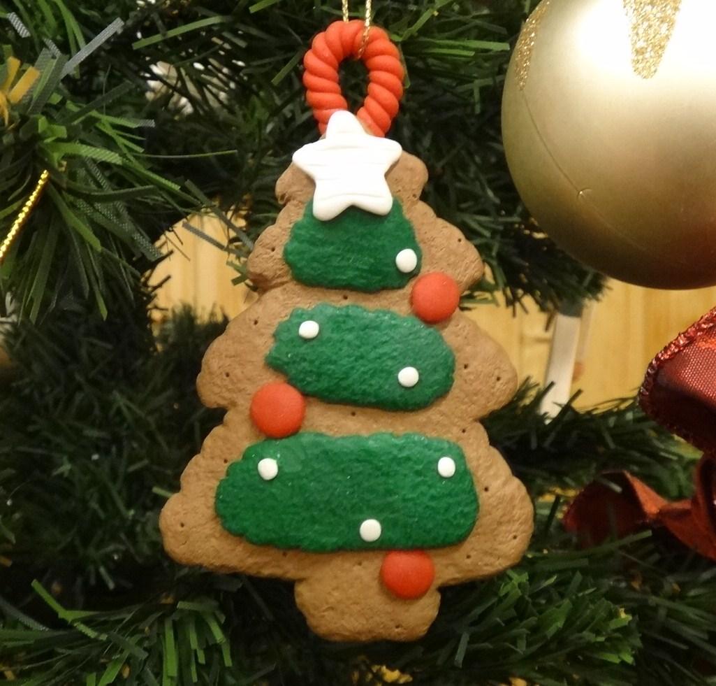 いよいよクリスマスツリー登場! パート1_d0120628_21112073.jpg