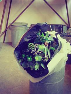 green  bouquet_b0209477_16213198.jpg