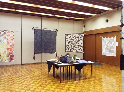 第6回 「ポジャギ工房koeグループ展 韓の国の手仕事 ポジャギ-絹と麻 素材の美(神戸) 」 いよいよ…_c0185092_1492978.jpg