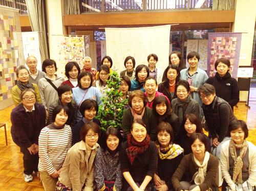 第6回 「ポジャギ工房koeグループ展 韓の国の手仕事 ポジャギ-絹と麻 素材の美(神戸) 」 いよいよ…_c0185092_201289.jpg