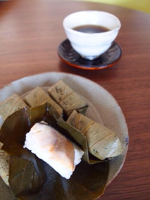 柿の葉寿司_a0258686_12291010.jpg
