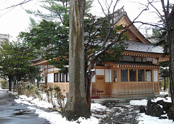瑞龍寺境内の茶筅塚_f0078286_9372499.jpg