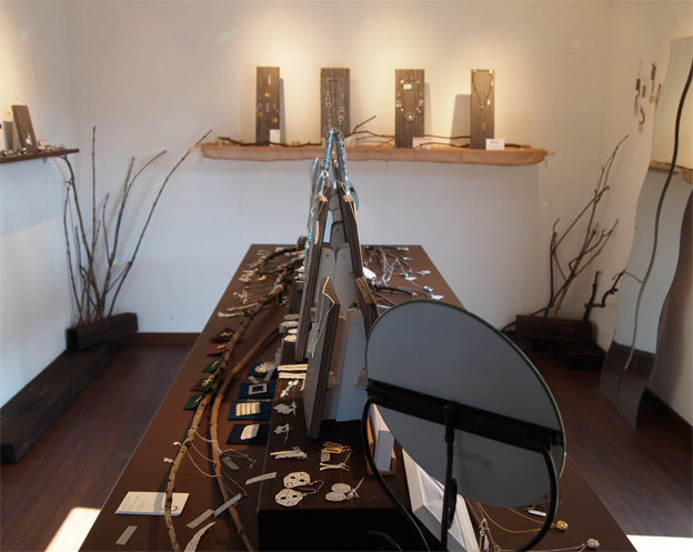 鋳物女子展1_f0143397_14213771.jpg