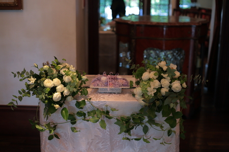 秋の装花 親族だけのご結婚式 シェ松尾松濤レストラン様へ_a0042928_20165610.jpg