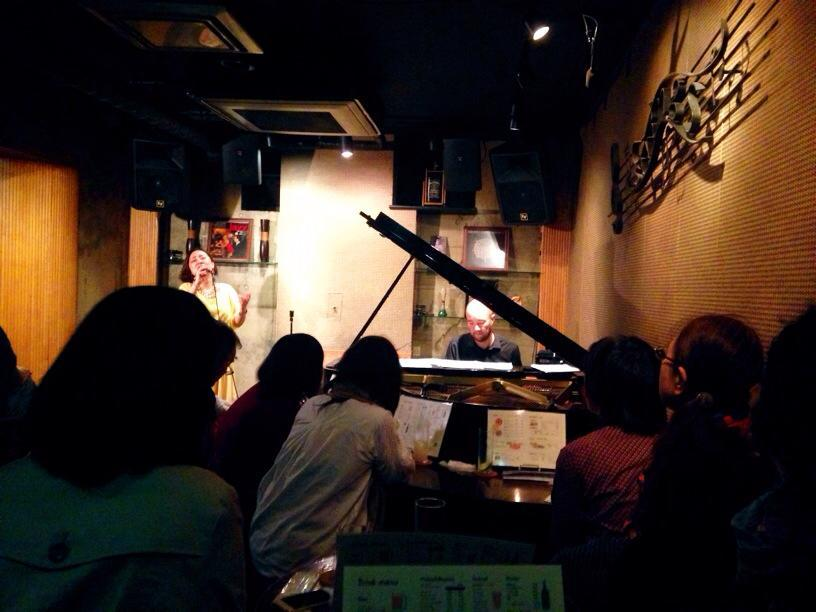 Duo with Art Hirahara at Strings in Tokyo on Oct.10,2014_a0150139_06022171.jpg