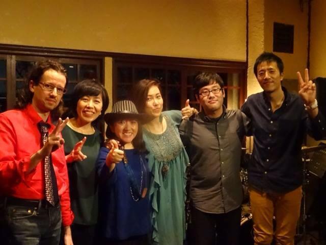 新潟2nd目はコーヒーショップ器(うつわ)さんでのライブ&東京ライブとオフ_a0150139_09032956.jpg
