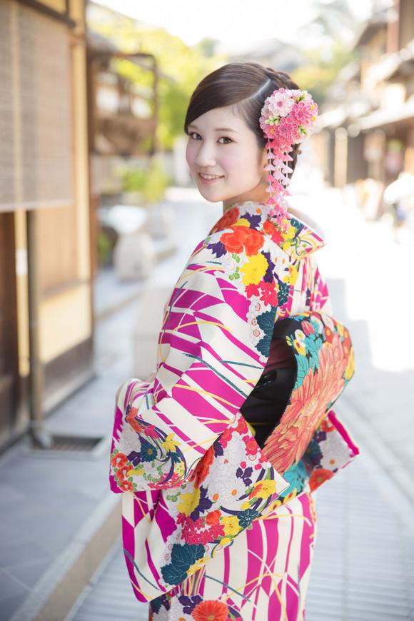 豆千代モダンの着物をレンタルで。_e0115399_23591457.jpg