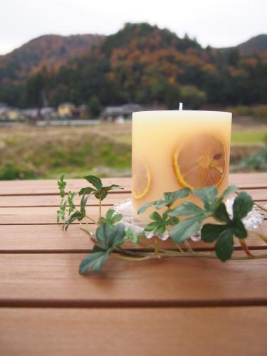 オレンジの香りのキャンドル_c0341604_23194659.jpg