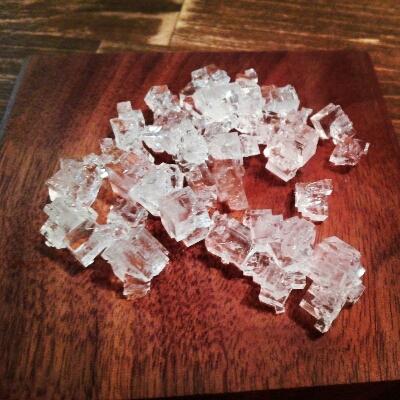 塩の結晶_a0166626_8352343.jpg