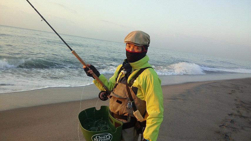 プルプル感と怪しい釣り人_c0120834_08561743.jpg