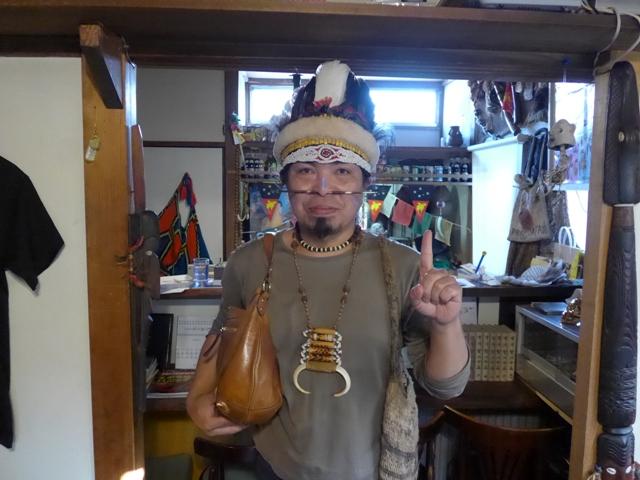 青梅「カフェ ニューギニ」へ行く。_f0232060_12503754.jpg