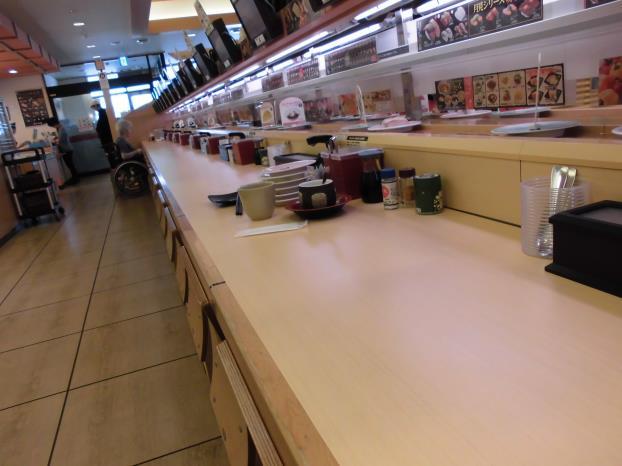 かっぱ寿司     中山寺店_c0118393_10205068.jpg