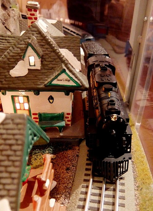 グランド・セントラル駅構内にある地下鉄博物館のホリデー・トレイン・ショー_b0007805_23193033.jpg