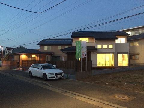 「OMソーラーの木の家」完成見学会を開催しました!_a0059217_17505344.jpg