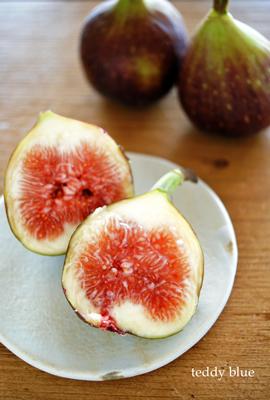 fresh figs  フレッシュいちじく_e0253364_1083225.jpg