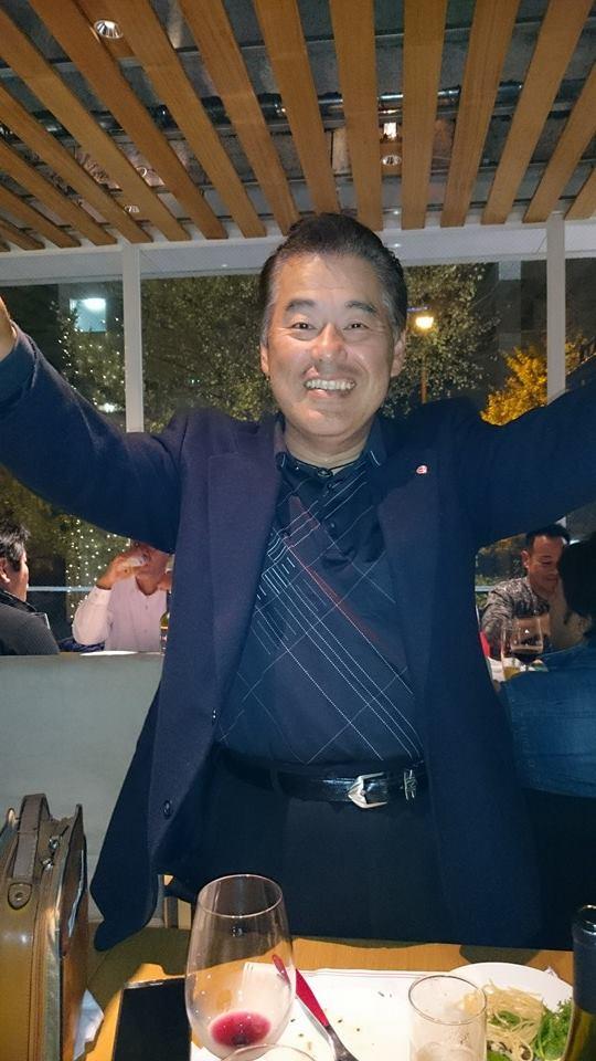 顔は怖いけど、優しくてシャイな男達に、57歳の誕生日を祝って頂きました。_c0186691_1181760.jpg