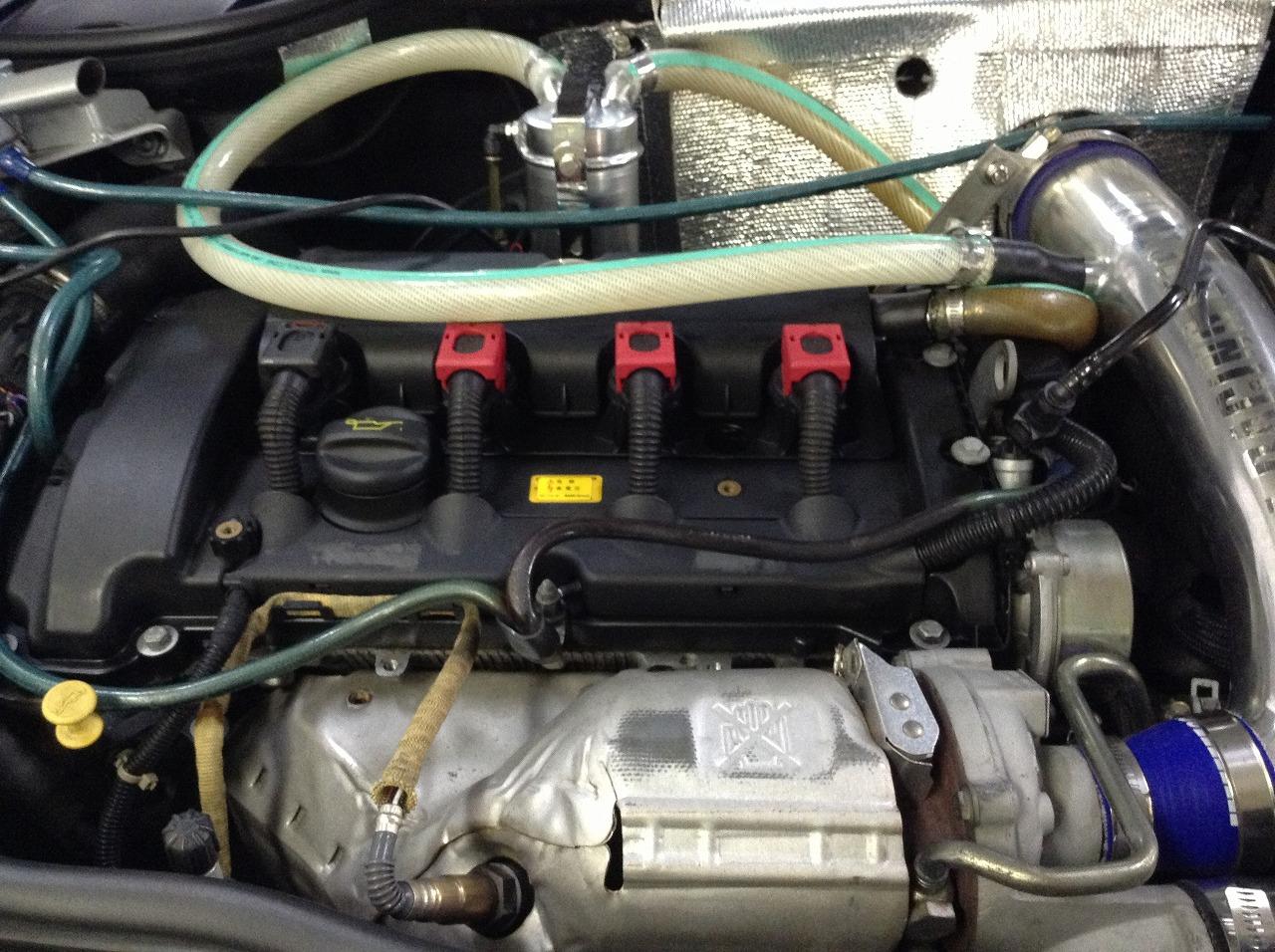 R56 BMW ミニクーパーS タペットカバー ガスケット交換_d0171835_1455505.jpg