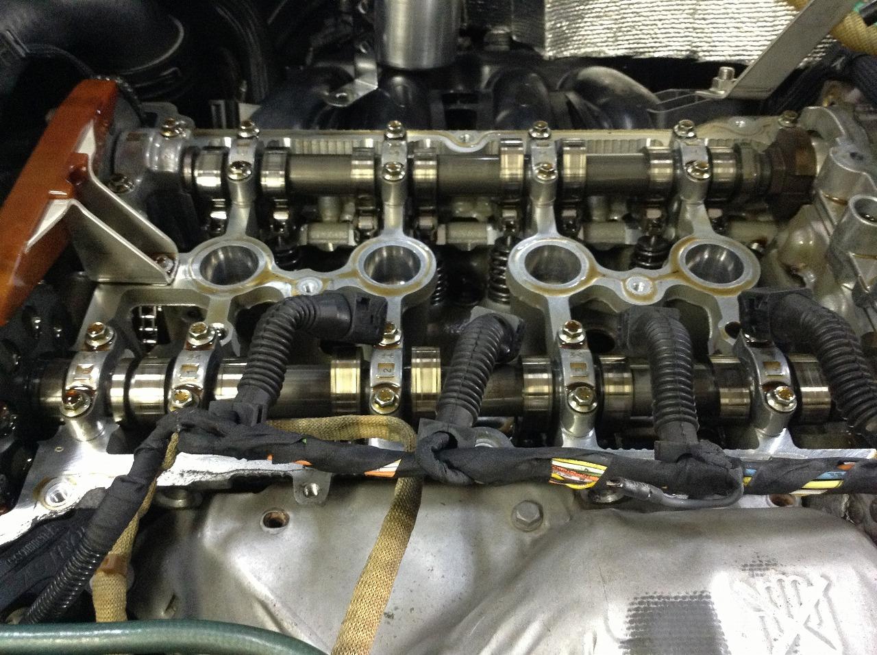 R56 BMW ミニクーパーS タペットカバー ガスケット交換_d0171835_145612100.jpg