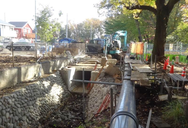 都市計画道路3・4・23号線整備状況と12月定例会初日_f0059673_3111240.jpg