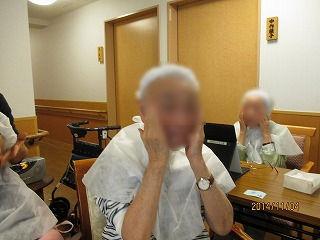 メイク療法<アクティブライフ夙川・グループホーム>_c0107602_1381265.jpg