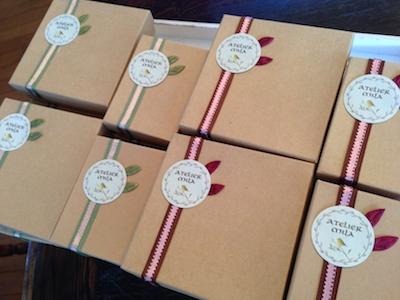 Gift Box_d0154102_3183818.jpg