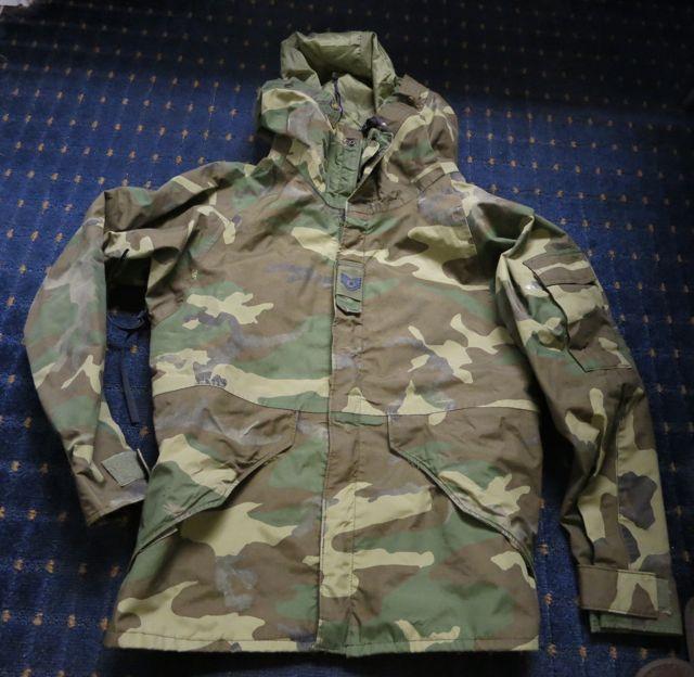 アメリカ仕入れ情報#7  U.S ARMY ゴアテックスウッドランドカモ JKT SMALL SHORT_c0144020_1212565.jpg