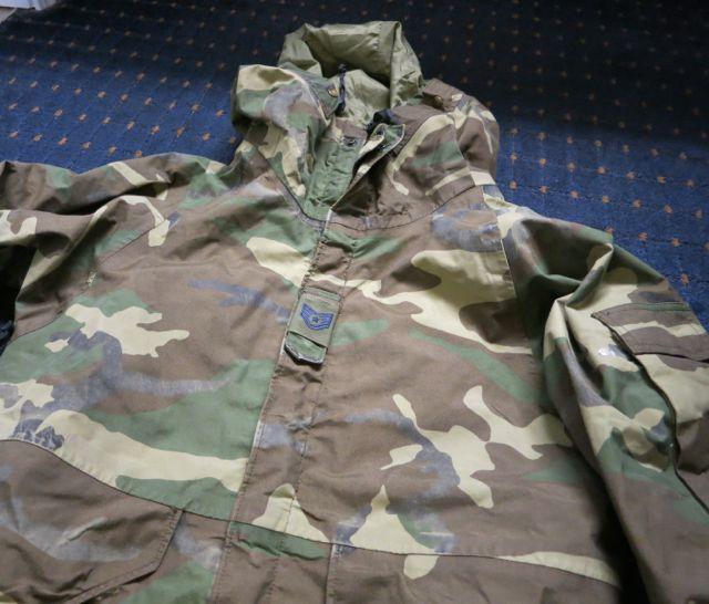 アメリカ仕入れ情報#7  U.S ARMY ゴアテックスウッドランドカモ JKT SMALL SHORT_c0144020_1212940.jpg