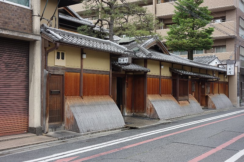 料理旅館・天ぷら 吉川_c0112559_16141693.jpg