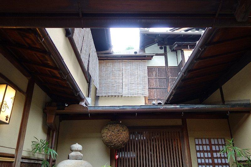 料理旅館・天ぷら 吉川_c0112559_1614776.jpg