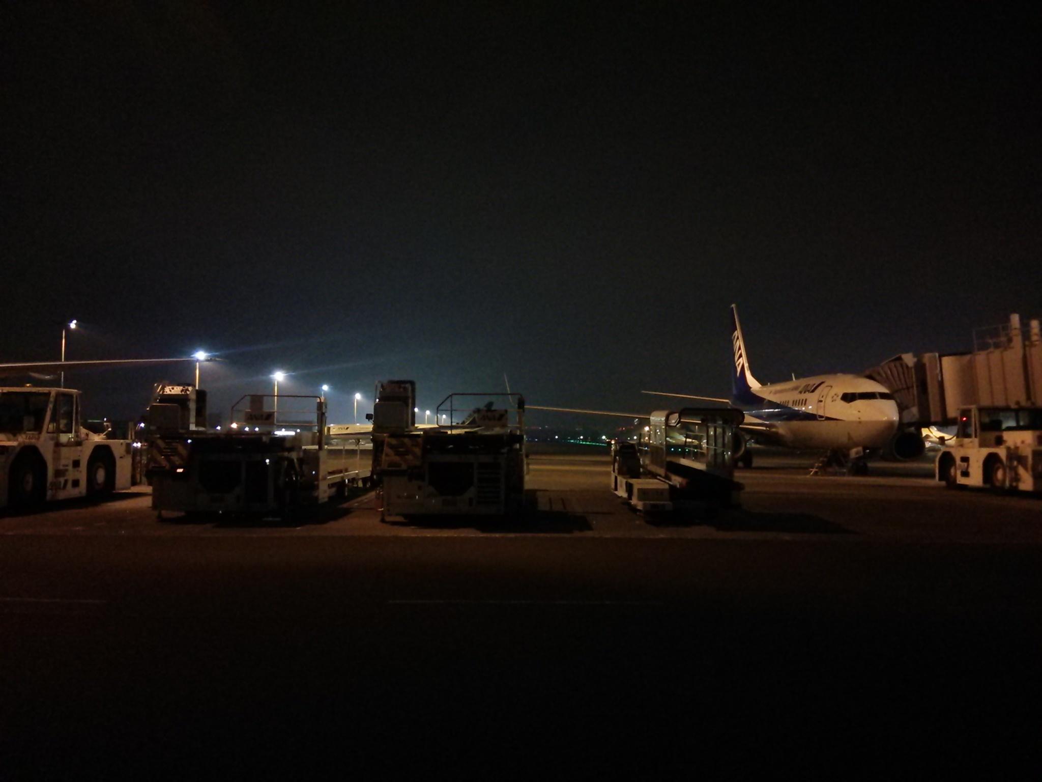 """ナイトな羽田空港(\""""⌒∇⌒\"""")_d0202264_17460420.jpg"""