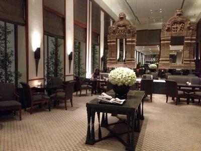 スコータイホテル スカラでディナー!一流の打楽器奏者と携帯ゲーム世界一!_f0355367_2421299.jpg