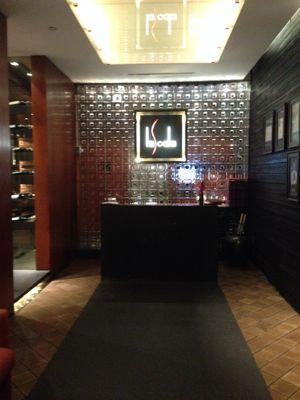 スコータイホテル スカラでディナー!一流の打楽器奏者と携帯ゲーム世界一!_f0355367_2421795.jpg