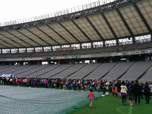 京王駅伝フェスティバル2014@味の素スタジアムとプロペラカフェで飛行機堪能_e0123104_715740.jpg