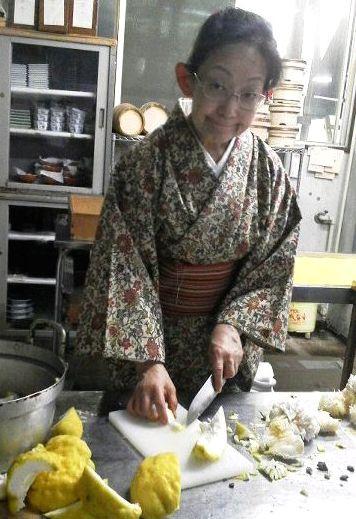 かっぱ父の愛の鬼柚子_e0234016_16484270.jpg