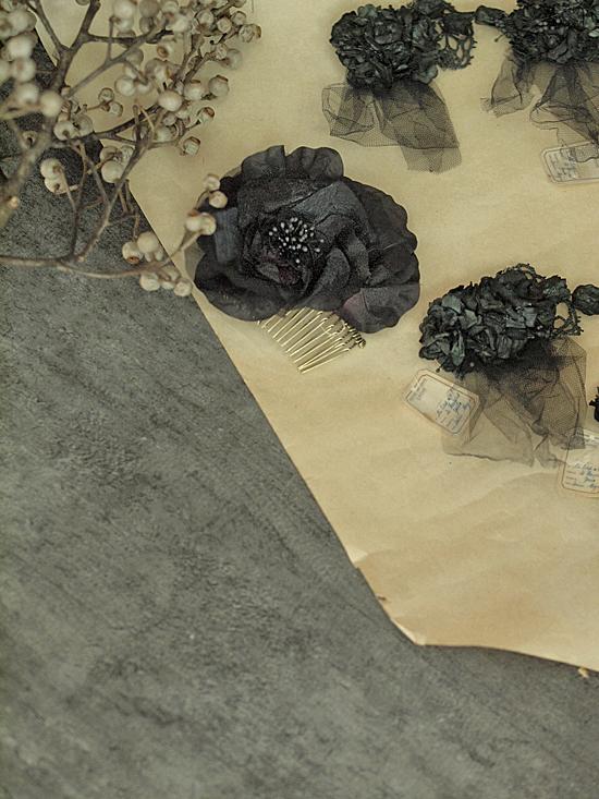 1点もの*  大きなお花の布花コーム_c0224659_1458845.jpg
