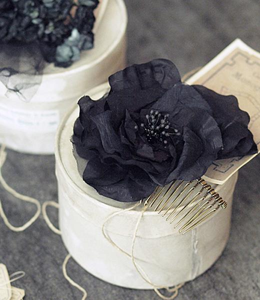 1点もの*  大きなお花の布花コーム_c0224659_1501366.jpg