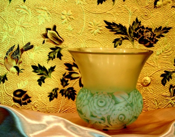 箱根ラリック美術館 特別企画「花咲く ラリックと金唐紙」のマリアージュ_a0138976_1782060.jpg