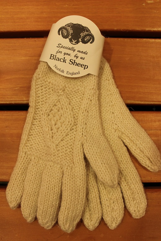 "BLACK SHEEP ""HAND KNIT ARAN GLOVE\"" ご紹介_f0191324_9295245.jpg"