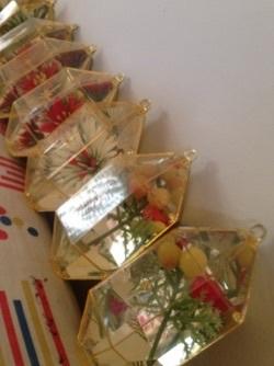 キラキラvintageクリスマスオーナメント@フリマ戦利品_e0183383_09501302.jpg