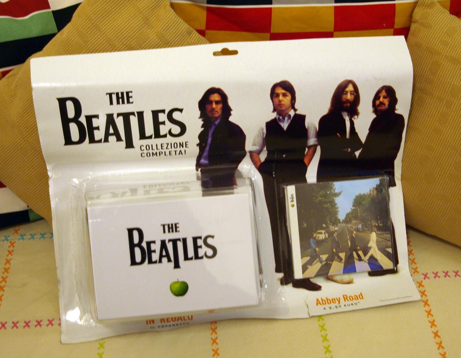 6ヶ月のビートルズ期間スタート!!!イタリアのEDICOLAでビートルズ特集CD発売_c0179785_634012.jpg