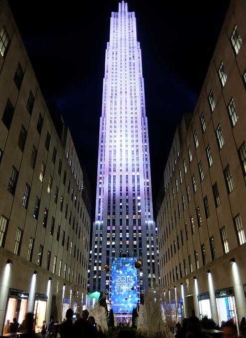 ニューヨーク5番街のホリデー・ウィンドウなど等_b0007805_2212810.jpg